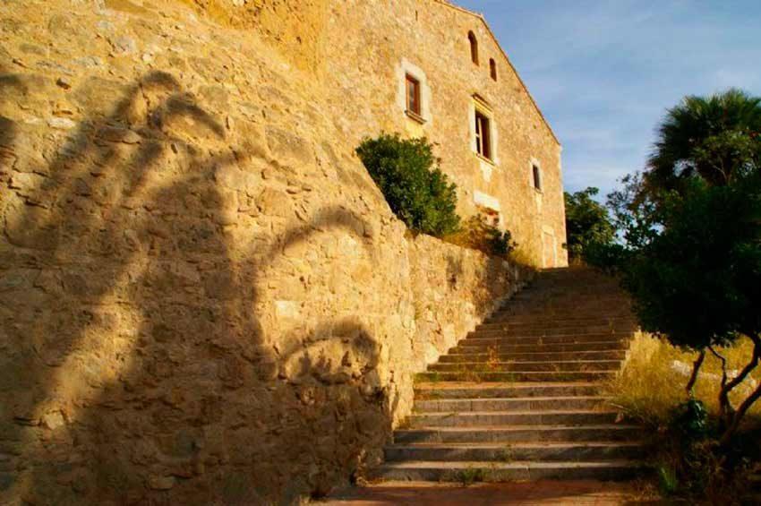 Torre Medieval Baix Emporda Escaleras