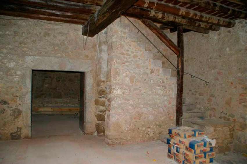 Torre Medieval Baix Emporda Interiores