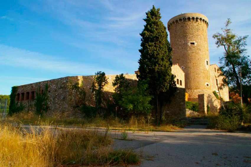 Torre Medieval Baix Emporda Vista Norte