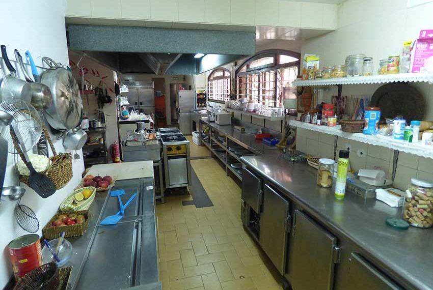 Hotel-BB-en-Venta-en-el-Baix-Emporda-Cocina