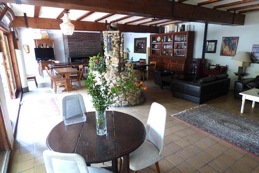 Hotel-BB-en-Venta-en-el-Baix-Emporda-Entrada